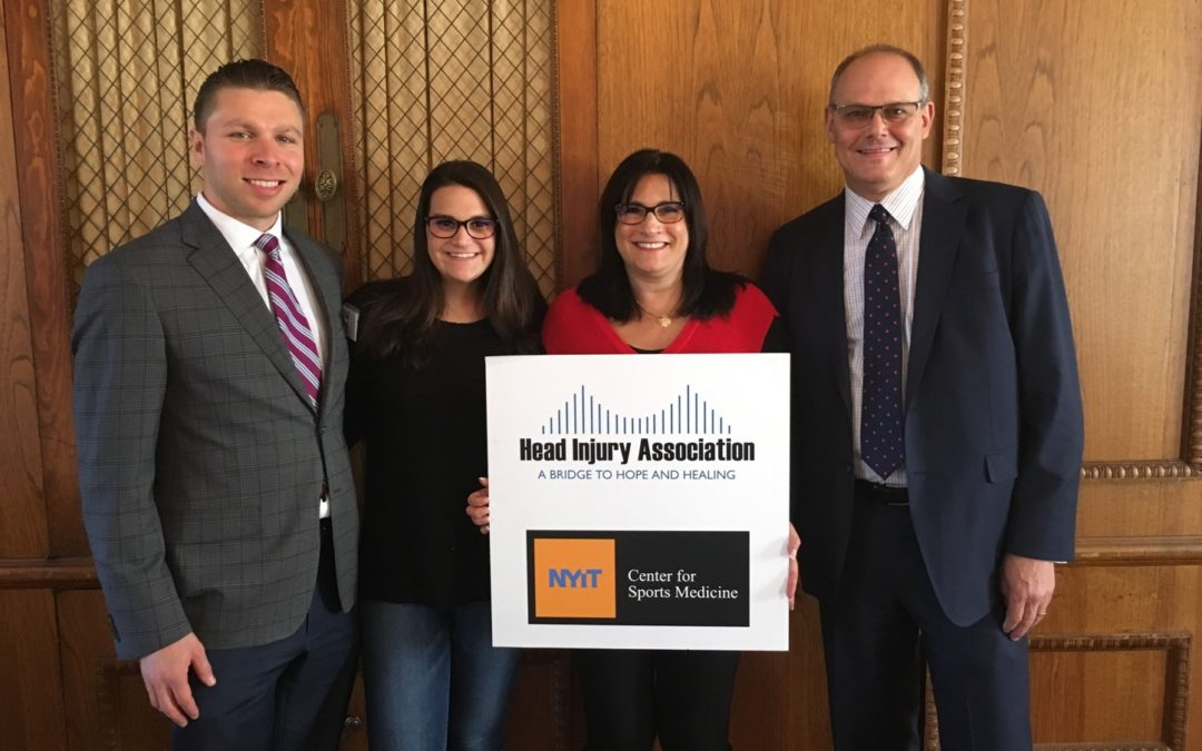 Jenna Attends Head Injury Association / NYIT Celebrity Sports Forum